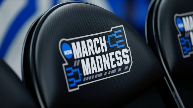 march-madness-2021-one-location