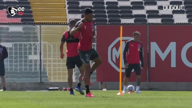 Colo-Colo prepare for their game vs Audax
