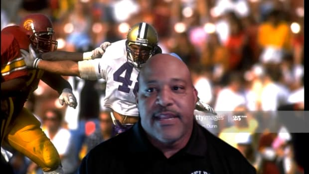 UW linebacker Donald Jones was a fearsome outside rusher in 1991.