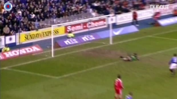 Van Bronckhorst's long-range drive against Aberdeen