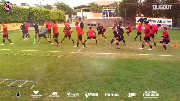 Sport Boys training warm-up