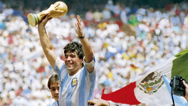 Maradona-Died