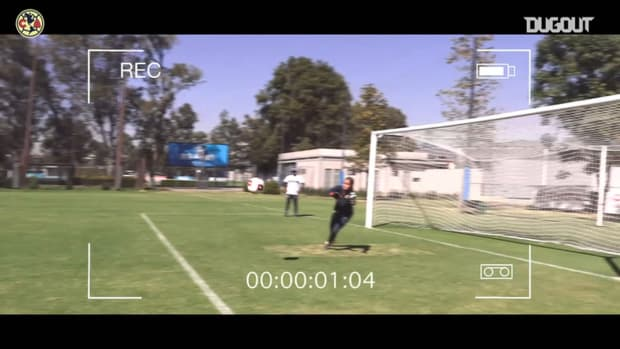 Club América Femenil's goalkeepers 1v1 duel