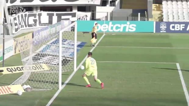 Santos beat Sport Recife at Vila Belmiro