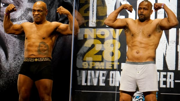 Nov 27, 2020; Los Angeles, CA, USA;  Mike Tyson and Roy Jones, Jr. during weigh ins for a heavyweight exhibition boxing bout for the WBC Frontline Belt in Los Angeles.
