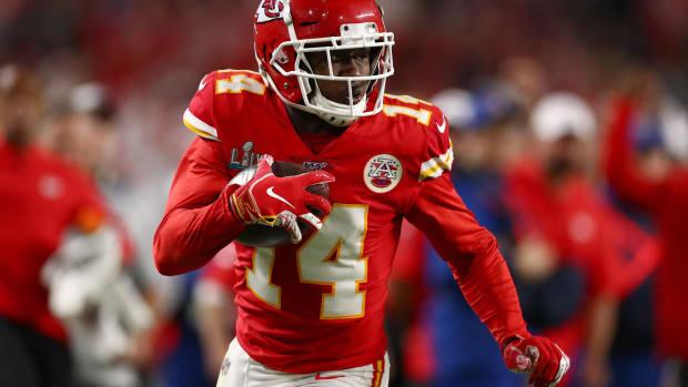 Feb 2, 2020; Miami Gardens, Florida, USA; Kansas City Chiefs receiver Sammy Watkins (14) runs after a reception against the San Francisco 49ers in Super Bowl LIV at Hard Rock Stadium. Mandatory Credit: Matthew Emmons-USA TODAY Sports