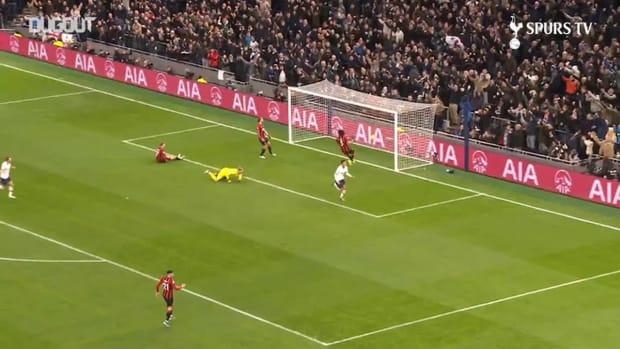 Toby Alderweireld's long-range pass picks out Dele Alli vs Bournemouth