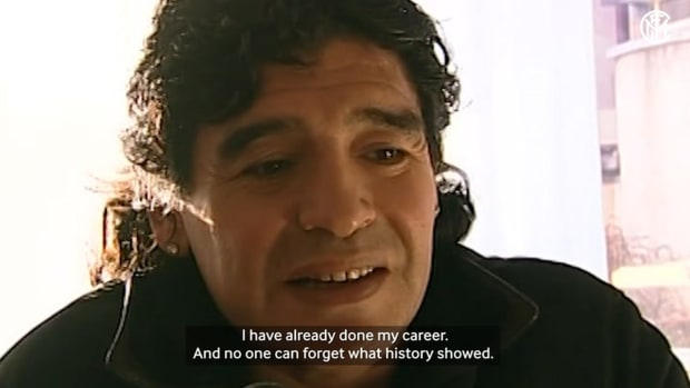 "Maradona: ""No one can forget what history showed. I hope Messi will be better than me"""