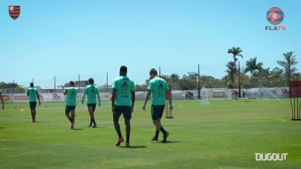 Flamengo train ahead of the match against Racing