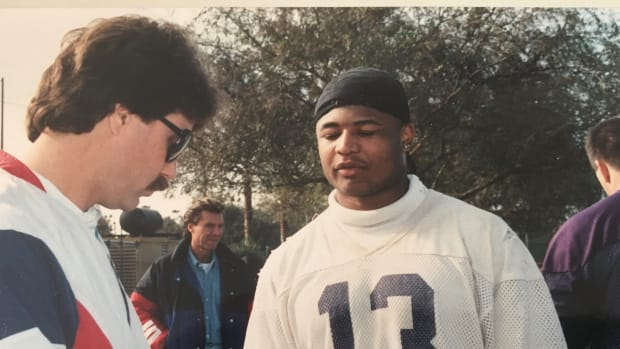 Andy Mason does a Rose Bowl interview.
