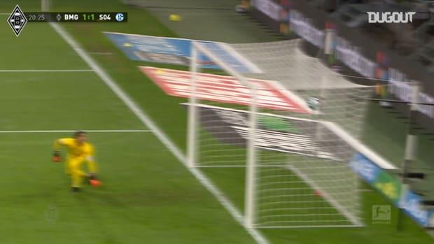 Thuram scores in Gladbach's 4-1 win over Schalke