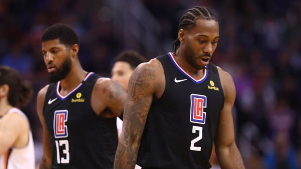 Kawhi Leonard and Paul George reportedly received perks from the Clippers that created a divide among the team.