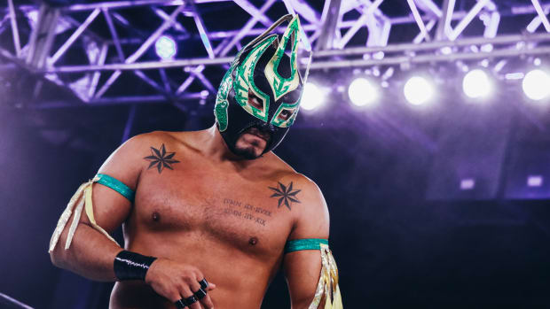 Laredo Kid in the ring