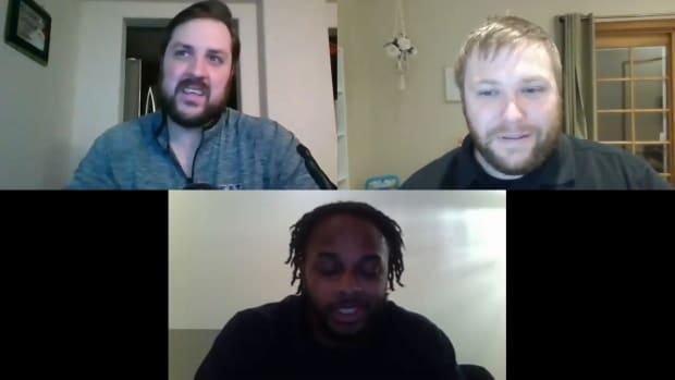 Josh Grant and Trevor Mueller break down the Stanford-UW game with former Husky DiAndre Campbell.