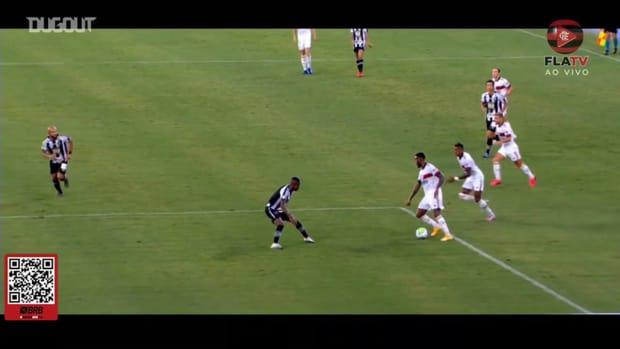 Flamengo star Éverton Ribeiro scores the winner at Botafogo