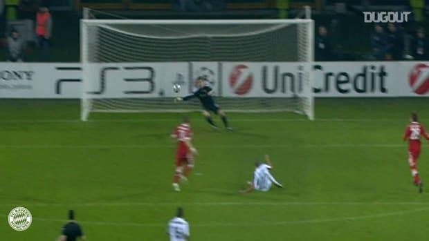 Hans-Jörg Butt scores in demolition of Juventus
