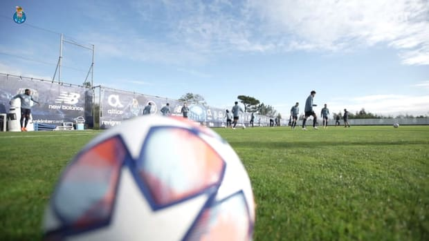 Behind the scenes of FC Porto's trip to Greece