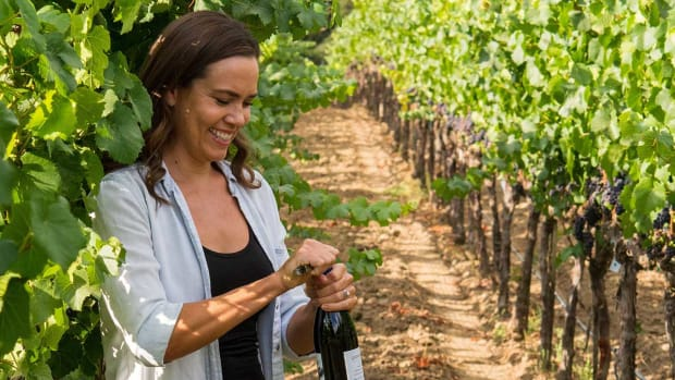 natalie-coughlin-wine-lead