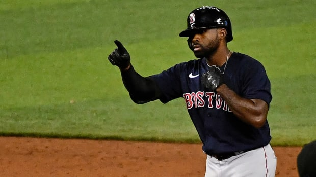 The Phillies and Cubs are reportedly among the teams interested in Jackie Bradley Jr.