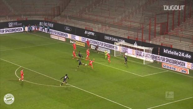 Lewandowski salvages point vs Union Berlin