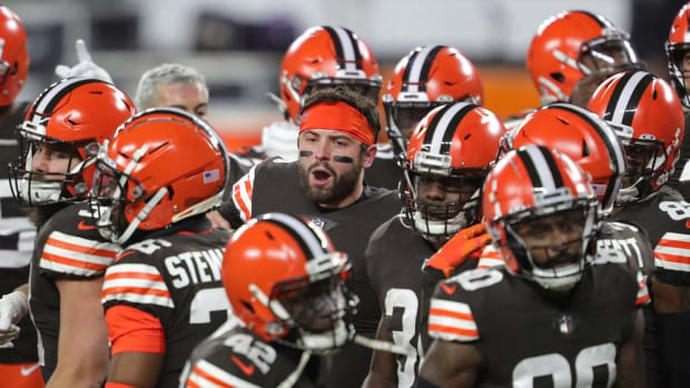 Browns quarterback Baker Mayfield (6) gets his team fired up before an NFL football game against the Baltimore Ravens, Monday, Dec. 14, 2020, in Cleveland, Ohio.