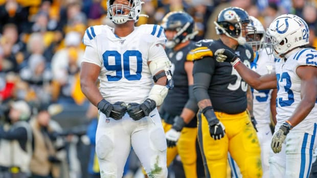 Indianapolis Colts defensive tackle Grover Stewart reacts to a play in a 2019 road loss to the Pittsburgh Steelers. The Colts visit Heinz Field on Sunday.