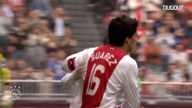 Suárez scores hat-trick in 7-0 win over Willem