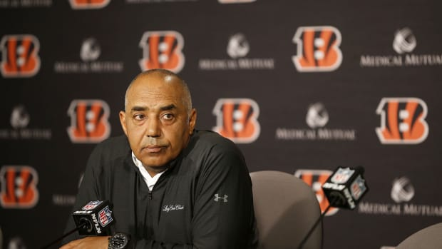 Head coach Marvin Lewis and the Bengals are parting ways after 16 seasons. Lewis gave his last press conference at Paul Brown Stadium Monday December 31, 2018. Marvinpresser2