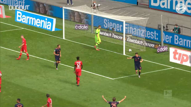 Müller makes history with record-breaking assist vs Leverkusen