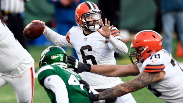 Cleveland Browns quarterback Baker Mayfield (6) throws against the New York Jets in the second half. The Jets defeat the Browns, 23-16, at MetLife Stadium on Sunday, Dec. 27, 2020, in East Rutherford. Nyj Vs Cle