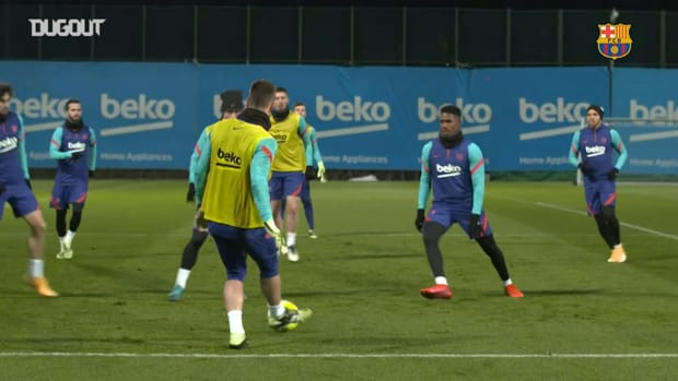 Barcelona's first training session of the year