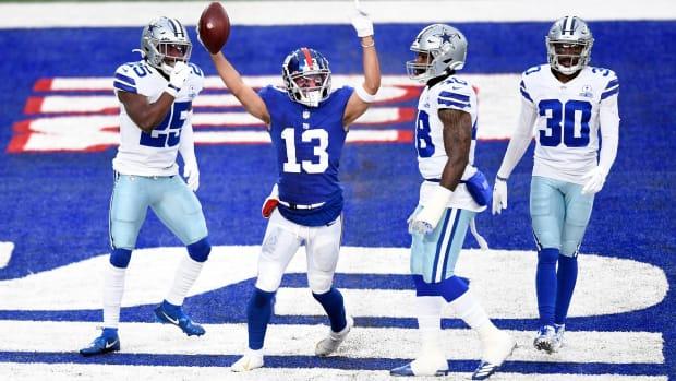 Dante Pettis celebrates his 33-yard touchdown catch against the Dallas Cowboys.