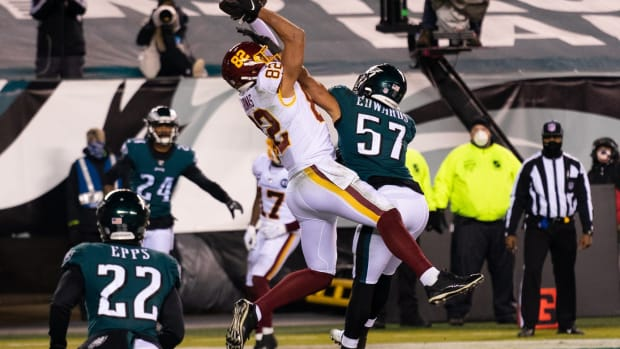 Logan Thomas catches the go-ahead TD pass over T.J. Edwards late in the second quarter on Sunday