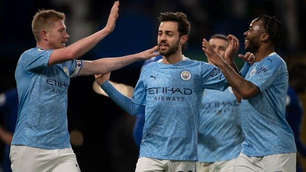 Man City routs Chelsea