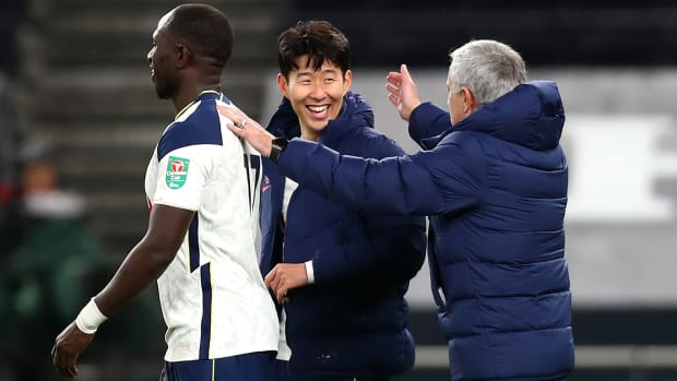 Tottenham-Son-Mourinho-League-Cup