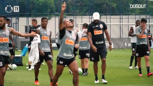 Check out Otero's amazing goal in Corinthians training