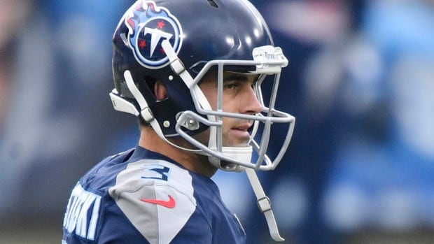 Tennessee Titans kicker Stephen Gostkowski (3) heads out to the field for warmups before the game against the Detroit Lions at Nissan Stadium Sunday, Dec. 20, 2020 in Nashville, Tenn.