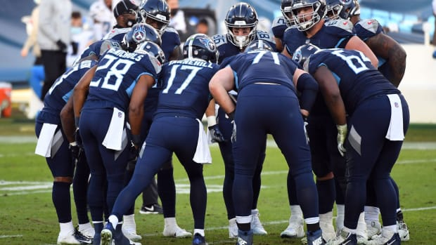 Tennessee Titans quarterback Ryan Tannehill (17) talks in the huddle during the second half against the Detroit Lions at Nissan Stadium.