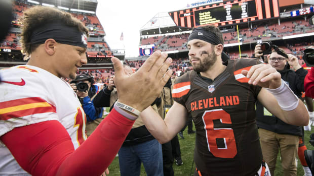 Nov 4, 2018; Cleveland, OH, USA; Kansas City Chiefs quarterback Patrick Mahomes (15) and Cleveland Browns quarterback Baker Mayfield (6) shake hands after the game at FirstEnergy Stadium. Mandatory Credit: Ken Blaze-USA TODAY Sports
