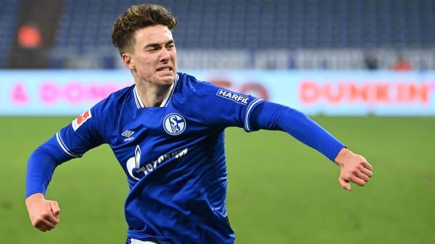 Matthew-Hoppe-Schalke-Hat-Trick