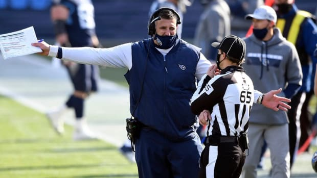 Tennessee Titans head coach Mike Vrabel argues a call during the Tennessee Titans game against the Baltimore Ravens in Nashville on January 10, 2021.