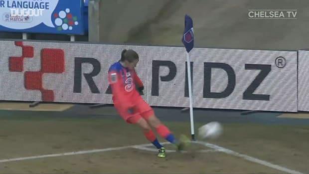 Fran Kirby heads home fourth goal vs Reading