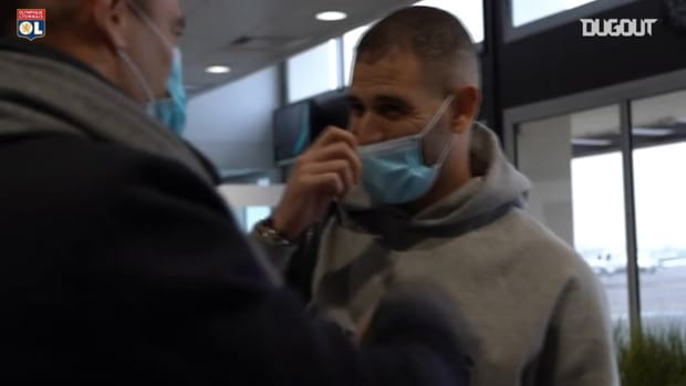 Islam Slimani's arrival at Lyon
