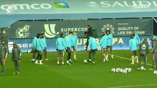 Real Madrid's rondos in training before facing Athletic in the Supercup semi-finals