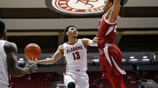 January 16, 2021, Alabama basketball guard Jahvon Quinerly against Arkansas in Tuscaloosa, AL.
