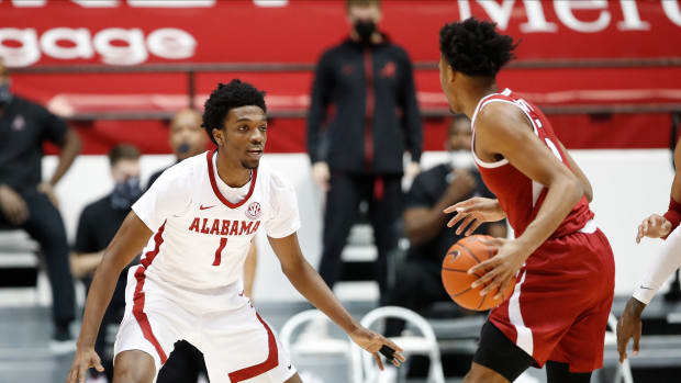 January 16, 2021, Alabama basketball forward Herb Jones against Arkansas in Tuscaloosa, AL.