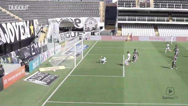 Santos beat Botafogo at Vila Belmiro in the Brasileirão Série A