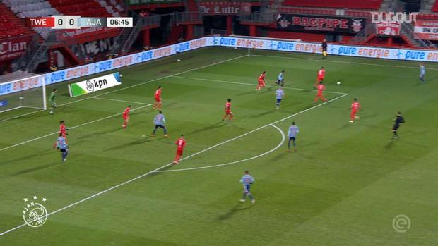 Haller's first Ajax goal vs FC Twente