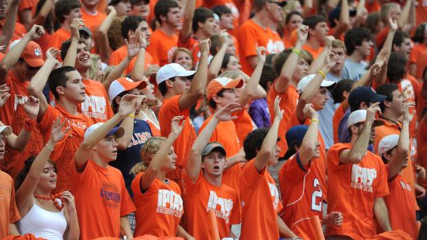 Clemson fans cheering Tigers in Memorial Stadium