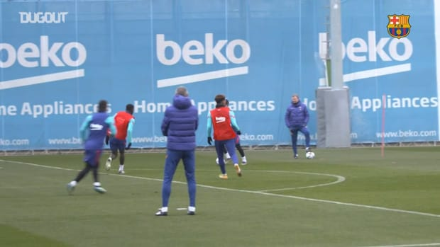 Alex Collado trains with Barça first team